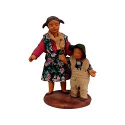 Kind und Mädchen 9 cm aus Ton/Stoff