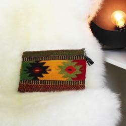Handtasche aus Wolle und Natur Farben Olas Unikat