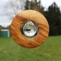 Fensterdeko Scheibe aus Holz zum Aufhängen | mit Bleikristall 30mm
