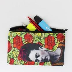 Etui Frida Kahlo mit Rosen