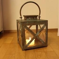 Deko Laterne quadratisch aus Holz - 24 cm
