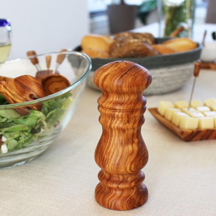 Salzstreür aus Holz
