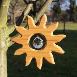 Fensterdeko aus Holz, Sonne groß mit Kristall