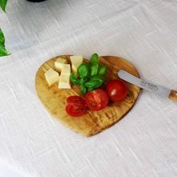 Frühstücksbrettchen Herzform aus Olivenholz