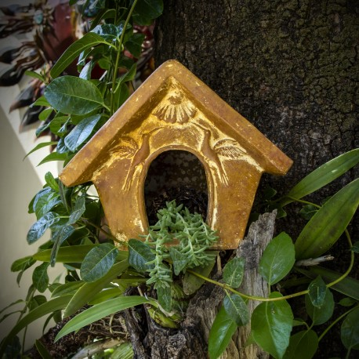 Vogelhaus aus Ton, Deko