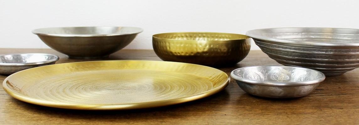 Dekoration Dekoschalen in silber und gold